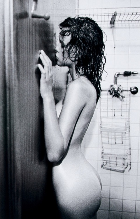 kitty-en-classe:  Paz de la Huerta by Mario Sorrenti for VMan F/W 2005