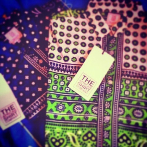 kenyanstylista:  Designs from @theafricanshirtcompany #KENYA #fashion #GQ #print #fashionforall