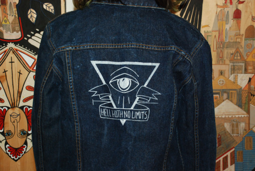 get ready for denim weather!!! Jacket available at: https://www.etsy.com/listing/122944382/dark-denim-jacket?