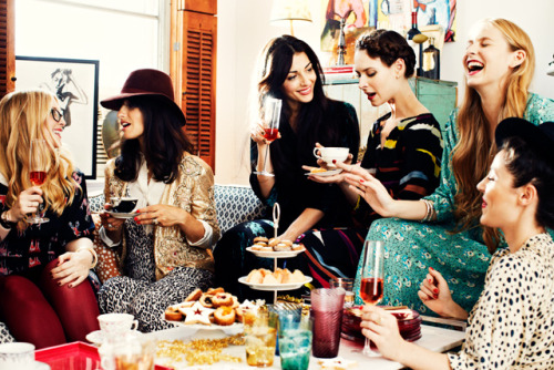 bonappetit:  This Valentine's Day, make a date with your friends (and tea and cookies). (shot by Chris Craymer, Bon Appétit, December 2012)  Cookies from Dorie Greenspan? That's a pretty nice Valentine's gift.