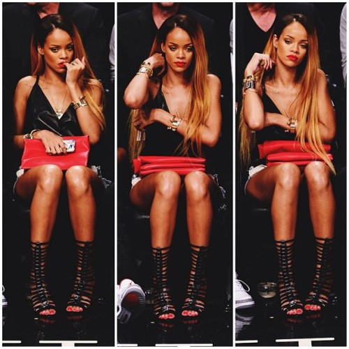rihannataughtme:  Robyn  everything!