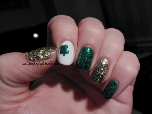 Happy St.Patrick's Day!! Gold and green glitter, can't stop looking at this one, people commenting on it all day (glitter always gets 'em!)