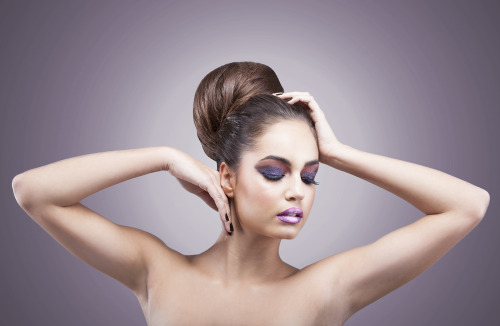 Make-up: Cenk Aydınlısoy Hair Designer: Alpay Atay Model: Sara Paspalj