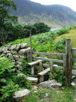 pagewoman:  source:pinterest.com  Kissing Gate,Buttermere,Cumbria,England.