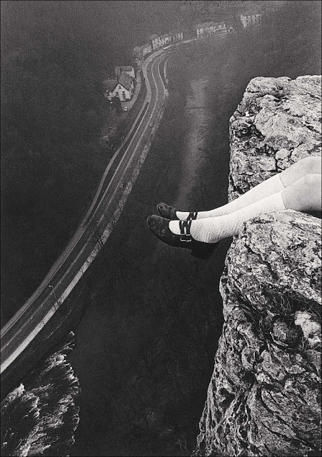 mythologyofblue:  Paul Hill, Legs over High Tor, Matlock, 1975