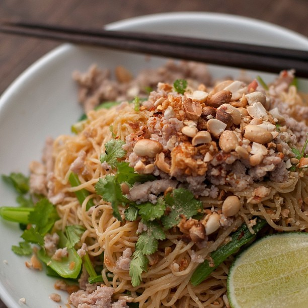Sa makes the best Ba Mee Gai Sap in all of North America. บะหมี่ไก่สับ #thaifood