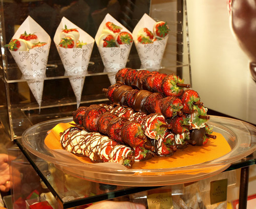 prettygirlfood:  Godiva Chocolate Covered Strawberries  Been there, done that