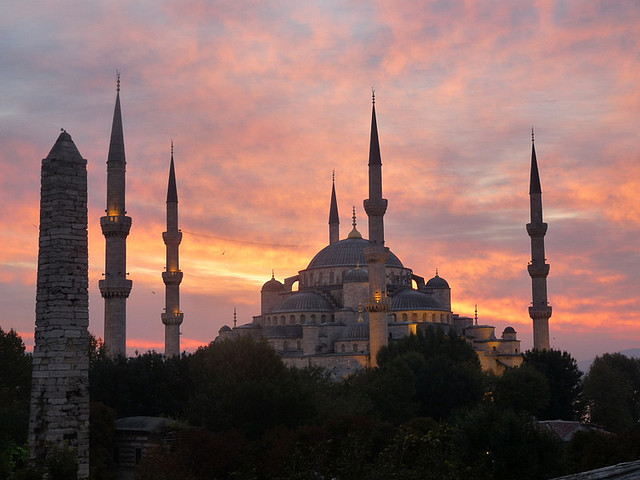 visitheworld:  Blue Mosque at sunrise, Istanbul, Turkey (by jelisaveta21).  Still.