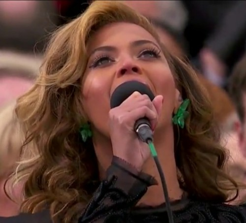A BAD LIP READING OF BEYONCéby Blaire Bercy http://bit.ly/XJlE6T