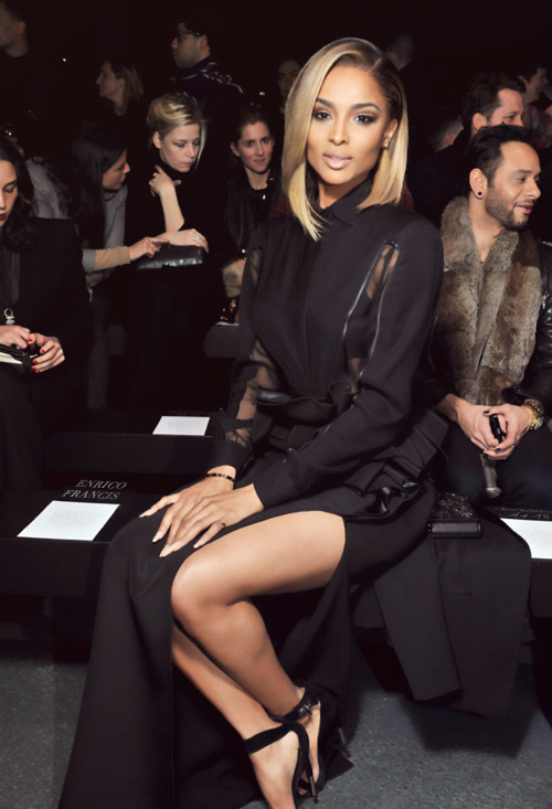 chanel-and-louboutins:  naomikfofe:  http://naomikfofe.tumblr.com/   Chanel-and-Louboutins.tumblr.com