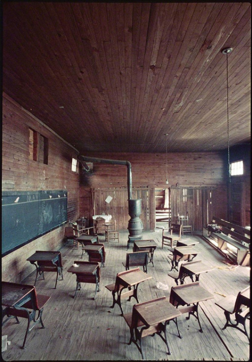 Gordon Parks, Black classroom, Mobile, Alabama, 1956, (1956).