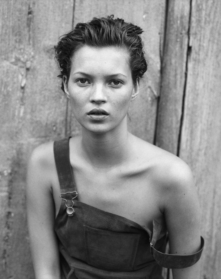 peachypalm:  palmist:  kate moss  I LOVE YOU