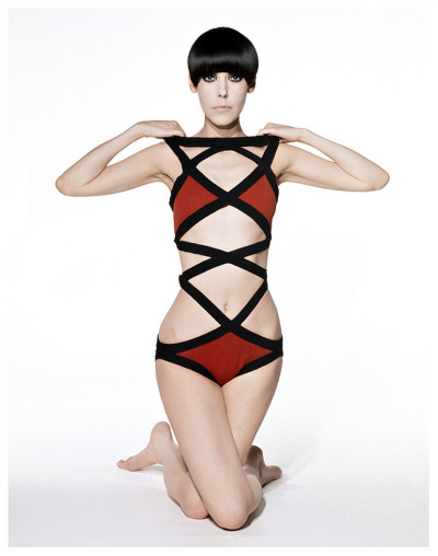 totalement70:  Peggy Moffit wearing a 1971 Rudi Gernreich swimsuit.