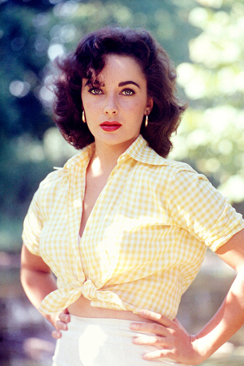 Elizabeth Taylor, photographed by Bob Willoughby, 1956.