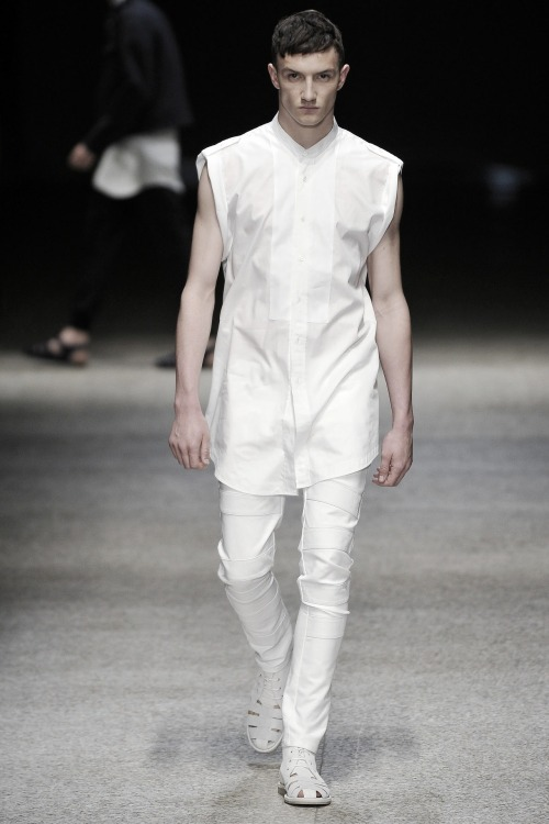 ampersand-et:  jacob coupe at neil barrett ss11.