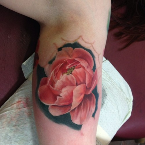 Did this peonie flower gonna add more background and work into the rest of the flower sleeve. Thanks @rebeccca4 !!