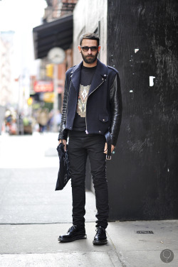 bangarangblog:  contrast sleeve biker  God, that jacket.