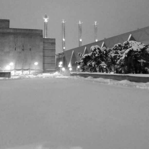 #kcsnow (at Barney Allis Plaza)