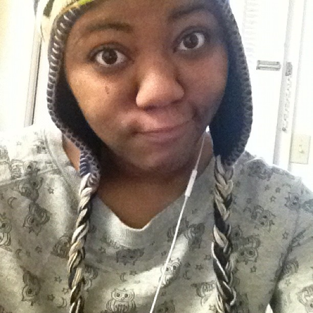 I'm just being #lazy today lol #lazyday #owls #sweater #winterhat #blue #grey #brown