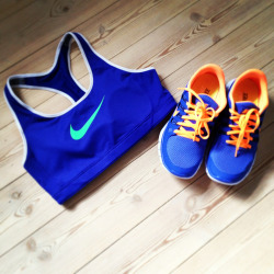 shoes fitspo nike running healthy fit Sport fitness workout nikes fitspiration Sports Bra free run