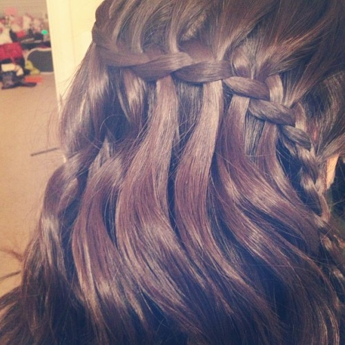 Thursday nights are crazy guys. Played with the waterfall braid today! #braid #waterfall