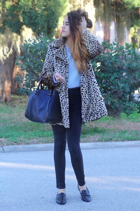 OOTD Quick Christmas Day Photo! Sweater-Topshop/Jeans-ASOS/Shoes-Boutique 9/Coat-Borrowed/Bag-American Apparel/