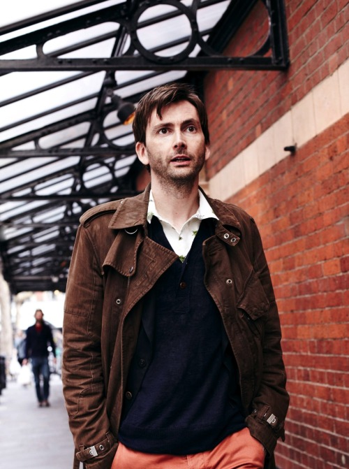davidtennantcom:  David Tennant In The New Issue Of The Radio Times David Tennant's win in the Radio Times TV Champion tournament is covered in the latest issue of the magazine with a double page spread featuring photos of David and runner up Benedict Cumberbatch.