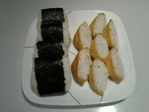 My attempt at making onigiri and inarizushi.