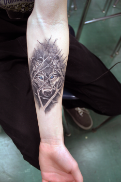 losingsightprovemeright:  Definitely want a wolf tattoo.