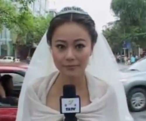 BRIDE/REPORTER CHEN YING COVERS EARTHQUAKE WEARING HER WEDDING DRESSby Blaire Bercy http://bit.ly/11wZKaU