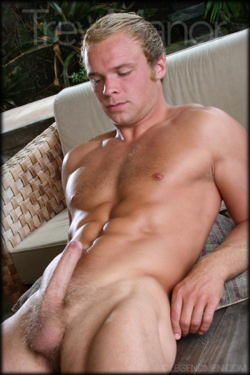 7583310-eeeewwww:  realfuckinggood:  Trey Manor    http://www.facebook.com/guysworthloving