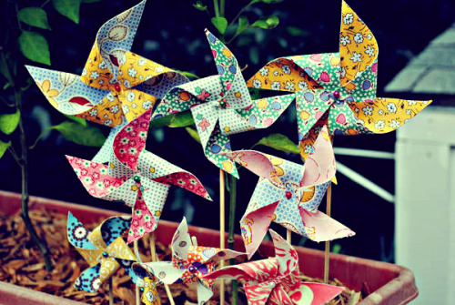 (via Fabric Pinwheels | Witch Hazel's Place)
