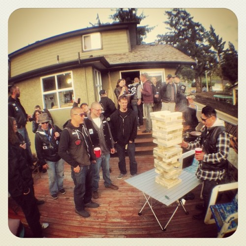 #thevapours at one of our members pads for a BBQ & Giant #jenga!
