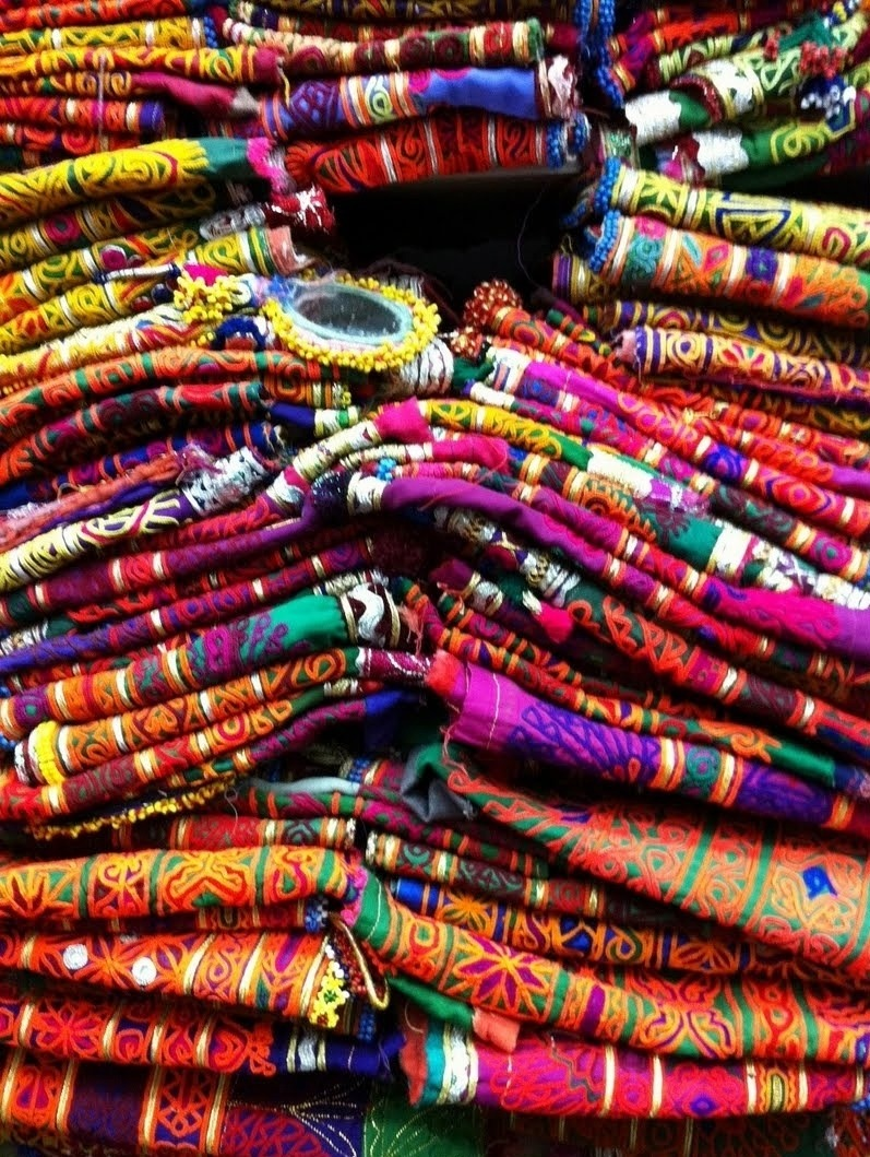 electric-voltage:  My Bohemian AestheticAfghani textiles.
