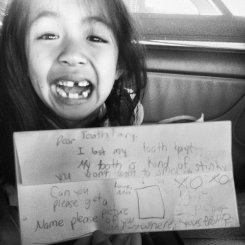 Baby girl lost another tooth and came up $6!! 😆 I love her message to the tooth fairy.