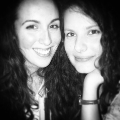 She's amazing #lastnight #friends #beer #fun #paris #sortie #fun #dance #goodtime #holidays #love #bar #night