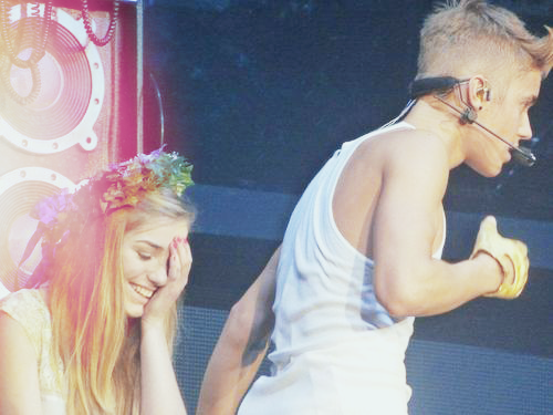 "xswaggsound:  ""there's gonna be one less lonely girl"""