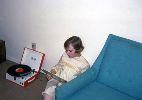 A girl and her Monkees record, 1967