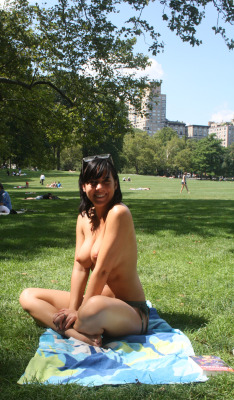 Nice  big boobs in Central Park.