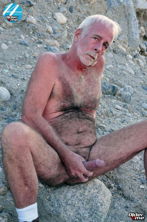 Hairy Daddy Gay Nude