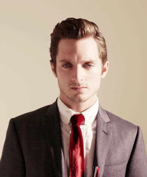 hot-nonsense:  Grey suit, skinny red velvet tie, pomp. Be still my beating heart.