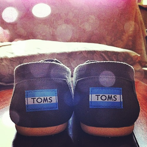 Finallyy!! #toms #shoes #love #present #christmas