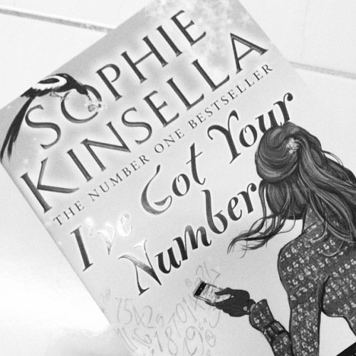 A new novel from #sophiekinsella to be read :)