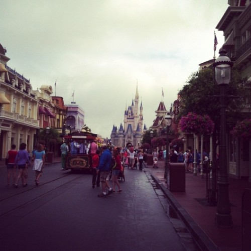 #disney #mostmagicalplaceonearth #happiestplaceonearth #excited