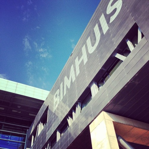 The Bimhuis is a concert hall for jazz and improvised music in #Amsterdam. #music #architecture  (à Bimhuis)