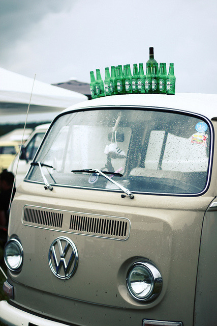 vwkombilove:  Apéro. by Marine Blue Voodoo on Flickr.