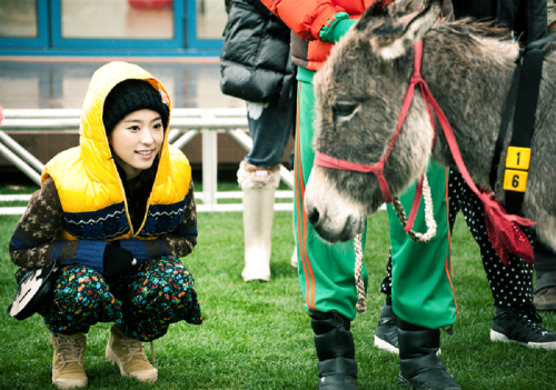 goodmerong:  Invincible Youth 2 Ep.05 SISTAR BoRa 청춘불패2 대부도 11.11.23 씨스타 보라