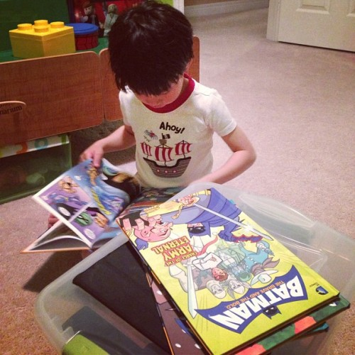jtorrescomics:  Reading dad's comics! #batman #braveandthebold #libraryedition