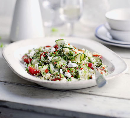 Quinoa, courgette & feta salad This looks absolutely delicious! I MUST TRY IT. I'm such a fan of the nutty taste of quinoa and mix in my all time fav courgette and MAMMA MIA. I think I'd top it with some nuts for an extra protein fix, either pine nuts or perhaps a cheeky pinch of flaked almonds - MM!