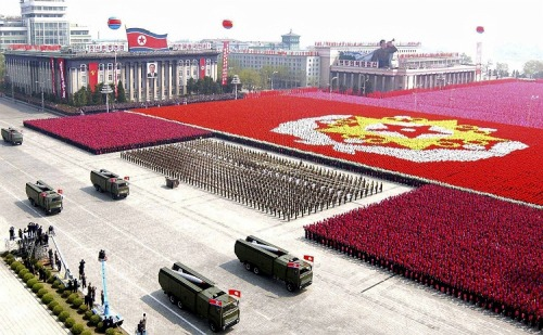 thingsorganizedneatly:  North Korean Military Parade